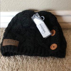 Rella snow hat, Aspen snowmass logo